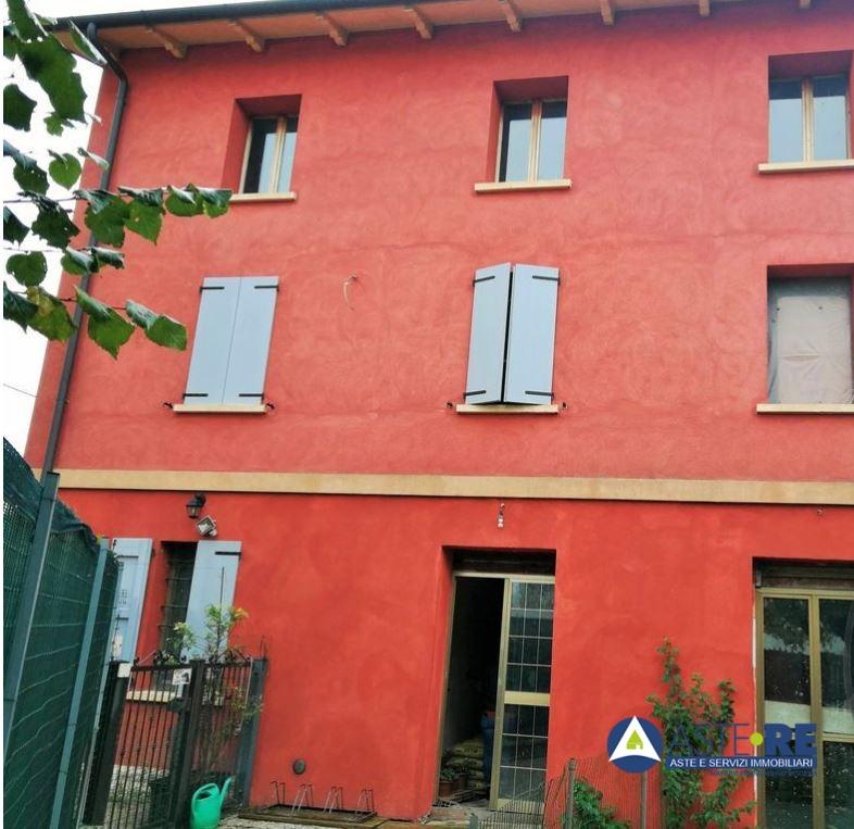 Appartamento, 100 Mq, Vendita - Modena (Modena)