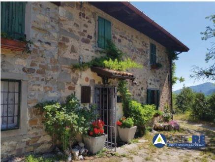 Rustico / Casale in vendita a Riolunato, 6 locali, prezzo € 33.750 | CambioCasa.it